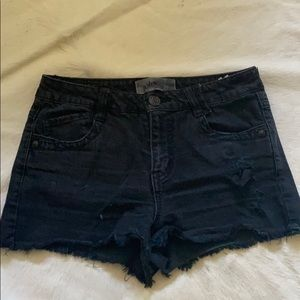 JOLT BLACK DENIM SHORTS